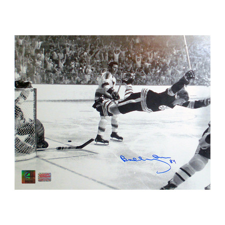 """Bobby Orr """"The Goal"""" // Boston Bruins // Autographed Photo"""