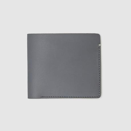 International Billfold Wallet // Non-RFID Blocking (Black)