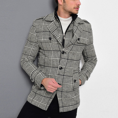 Sequoia Coat // Patterned Black (Small)