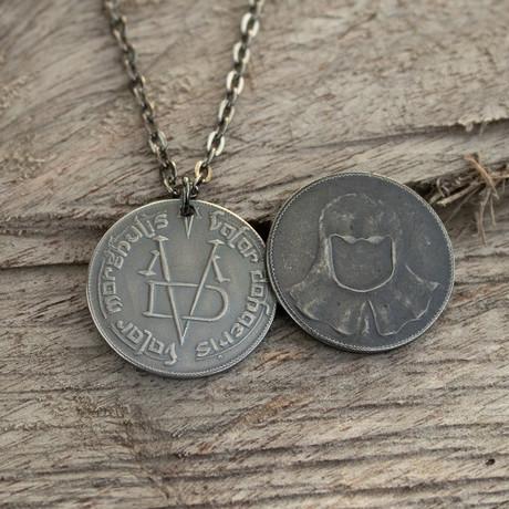 Faceless Man Coin and Necklace Bundle // Iron Coin of the Faceless Man + Valar Morghulis Necklace