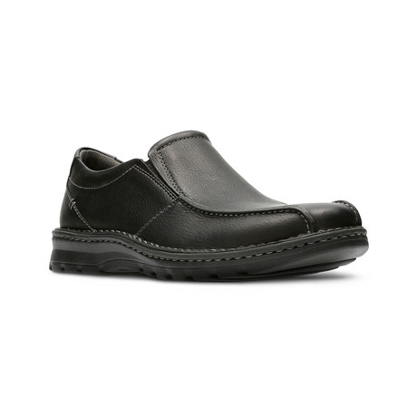 Clarks Collection // Vanek Step // Black Oily Leather (US: 7)