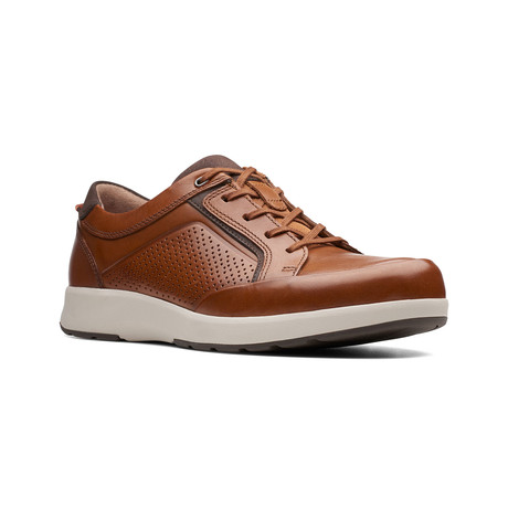 Clarks Unstructured // Un Trail Form // Tan Leather (US: 7)