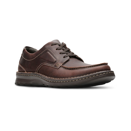 Clarks Collection // Vanek Apron // Brown Oily (US: 7)