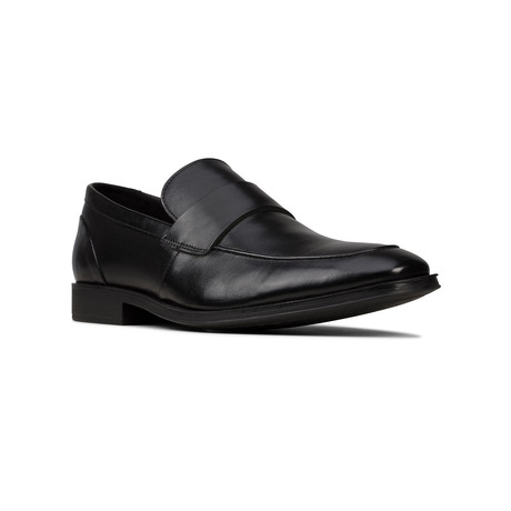Clarks // Gilman Free // Black Leather (US: 7)