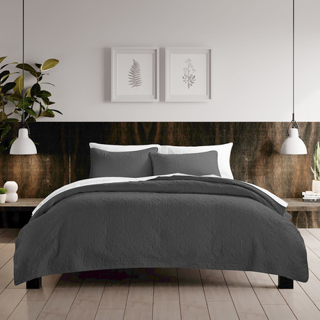 Urban Loft // Rose Quilt Set // Gray (Twin)