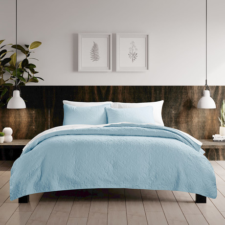 Urban Loft // Rose Quilt Set // Light Blue (Twin)