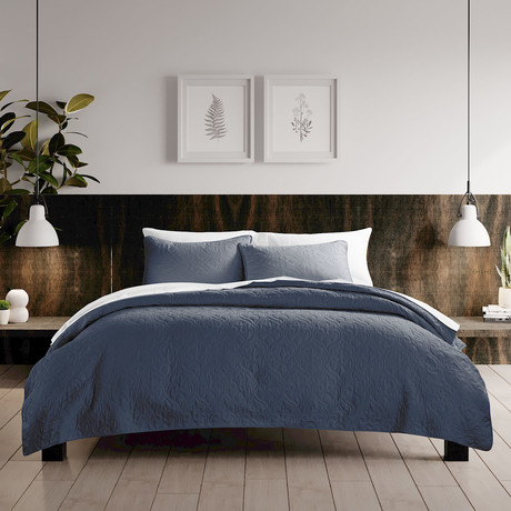 Urban Loft // Rose Quilt Set // Navy (Twin)