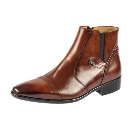 Maximilian Classic Boot // Tobacco (Euro: 39)