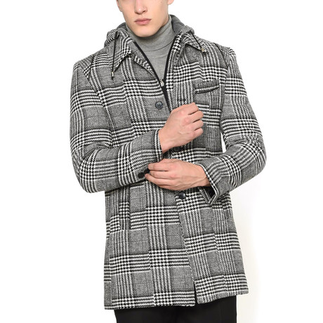 Dubai Coat // Patterned Black (Medium)