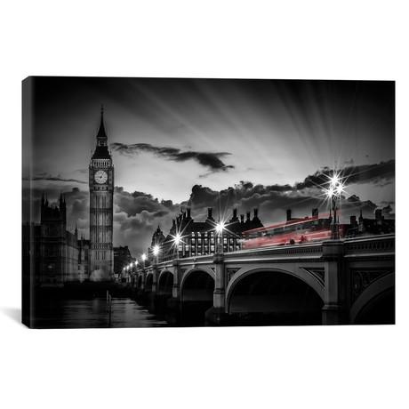 London Westminster Bridge At Sunset // Melanie Viola