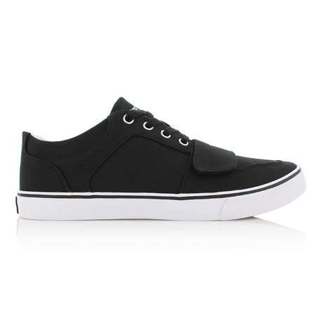 Cesario Canvas // Black (US: 7)