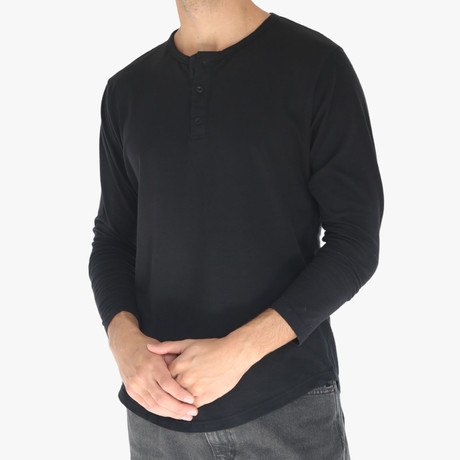 Long Sleeve Curve Henley // Black (S)