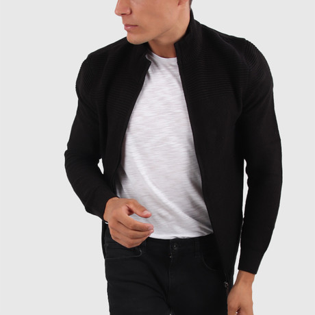 Logan Cardigan // Black (Medium)