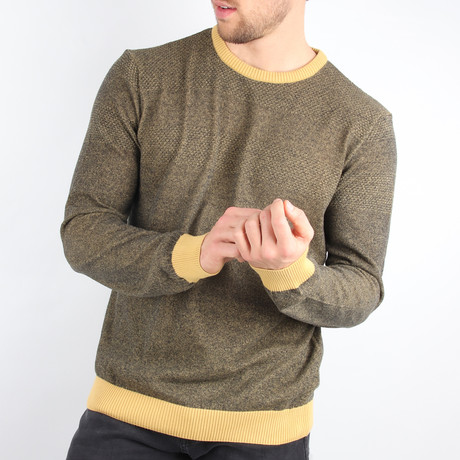 Prague Pullover Sweater // Yellow (Medium)