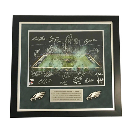 2017- 2018 Philadelphia Eagles Team // Signed + Framed Super Bowl Champions Photo