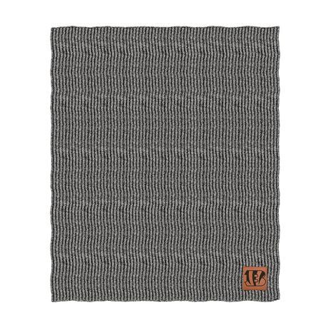 Two Tone Cable Knit Blanket // Cincinnati Bengals