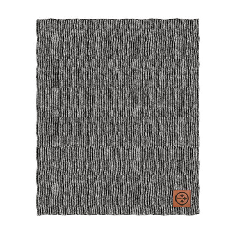 Two Tone Cable Knit Blanket // Pittsburgh Steelers