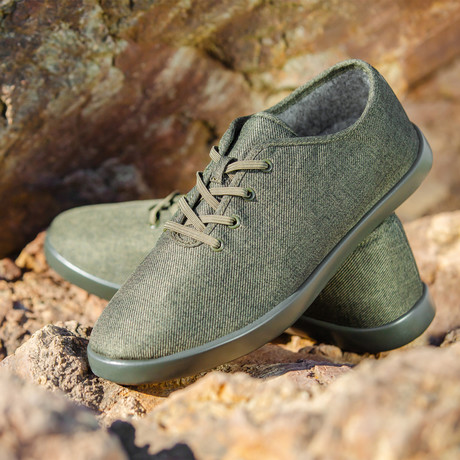 Women's Loungy Laced Shoes // Olive (Women's US Size 5)