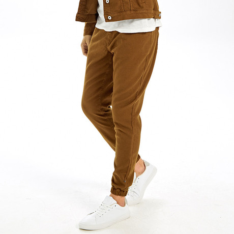 Joggers // Brown (32)