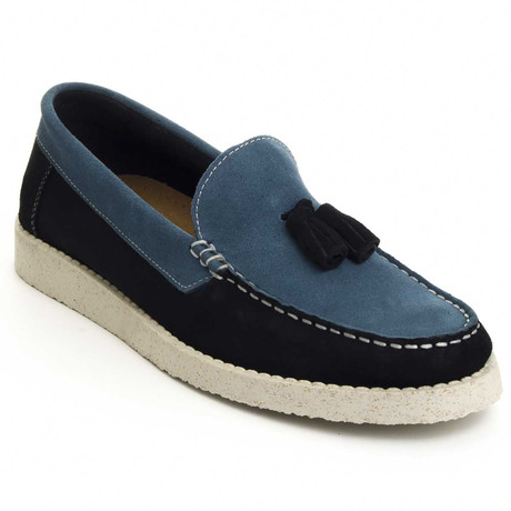 Portugal Moccasin // Blue (Euro: 40)