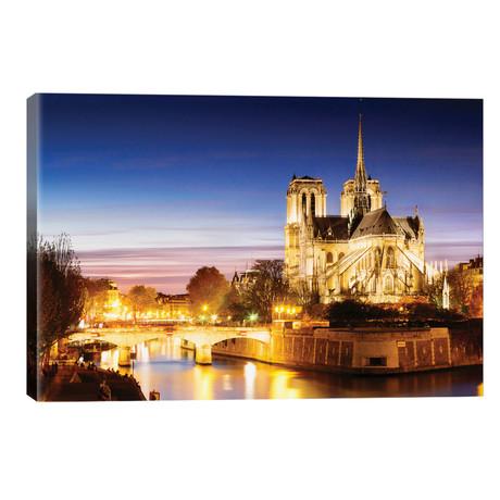 """Notre-Dame de Paris (Notre-Dame Cathedral), Paris, Ile-de-France, France // Matteo Colombo (26""""W x 18""""H x 1.5""""D)"""