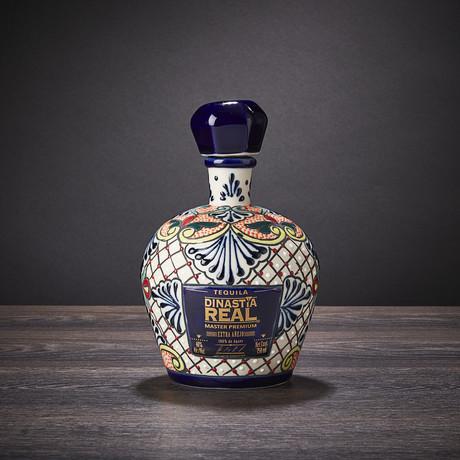 Master Premium Extra Añejo Tequila Ceramic Bottle // 750 ml