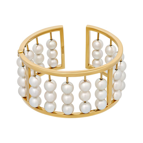 Assael 18k Yellow Gold + Pearl Bracelet // Store Display