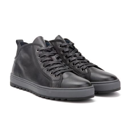 Newman Sneaker // Black (US: 7)