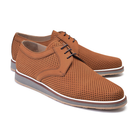 Perforated Casual Lace Up // Tan Nubak (US: 7)