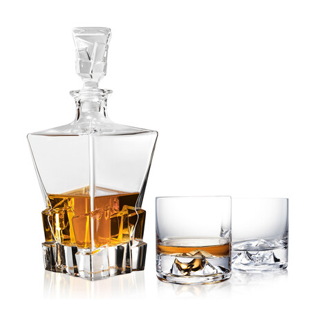 The Incredible Everest Whiskey Decanter Set