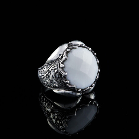 Mother of Pearl Ring // Silver + White (5)
