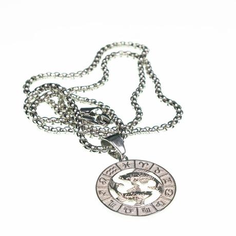 Dell Arte // Pisces Pendant Necklace // Silver