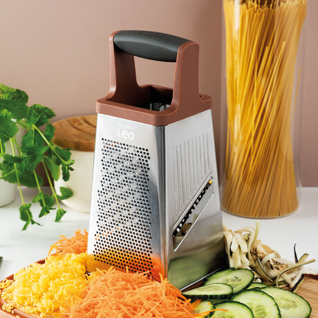 Leo Box Grater // 4-Sided