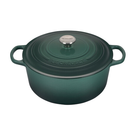 Signature Round Dutch Oven // 9 qt (Cerise)