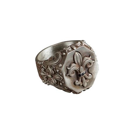 Fleur De Lis Ring // Matte White (10)