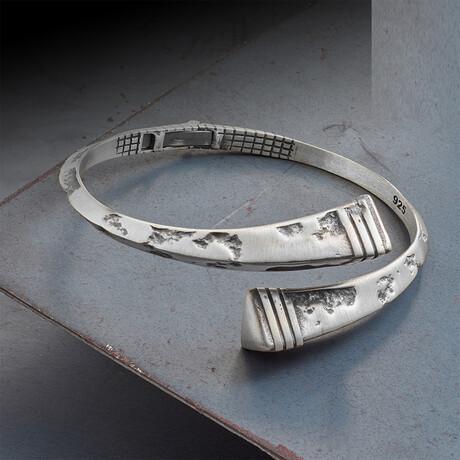 Infinity Triangle Bracelet // White (XS)