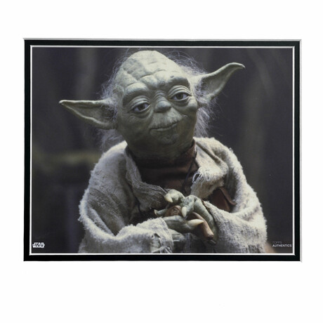 Yoda // Licensed Star Wars Photo (Unframed)