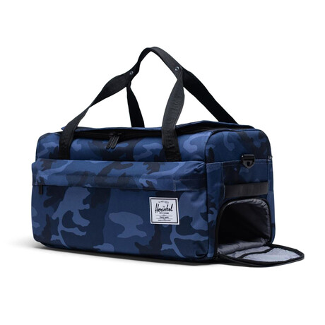 Outfitter Luggage // Peacoat Camo