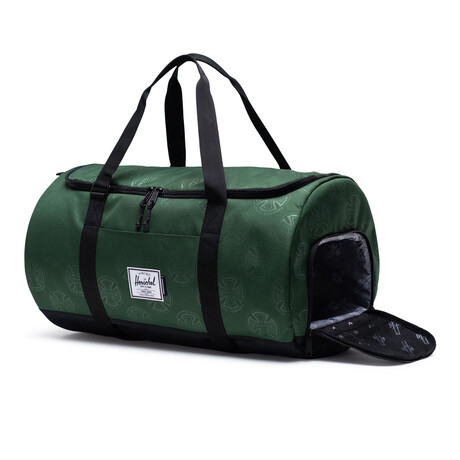 Independent Sutton Carryall // Independent Green Pastures