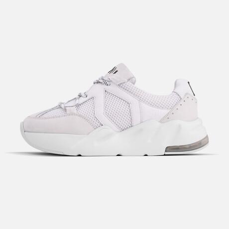 Women's Boom Sneaker // White (Women's Euro Size 37)