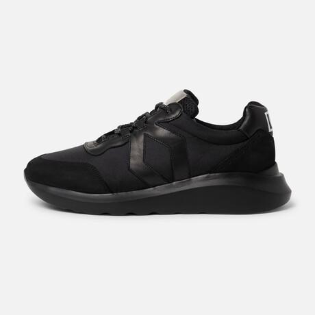 Men's Infinity Sneaker // Black (Men's Euro Size 39)