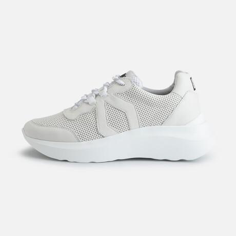 Women's Infinity Style Sneaker // White (Women's Euro Size 36)