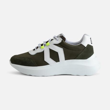 Women's Infinity Sport Sneaker // Green + White (Women's Euro Size 37)