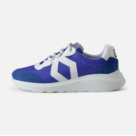 Men's Infinity Sport Sneaker // White (Men's Euro Size 38)