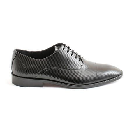 Zeugma Lace-Up Dress Shoes // Black (Euro 40)