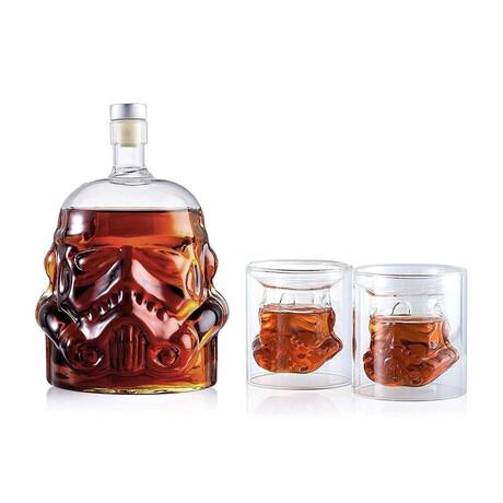 Star Wars Storm Trooper Whiskey Decanter + 2 Shot Glasses