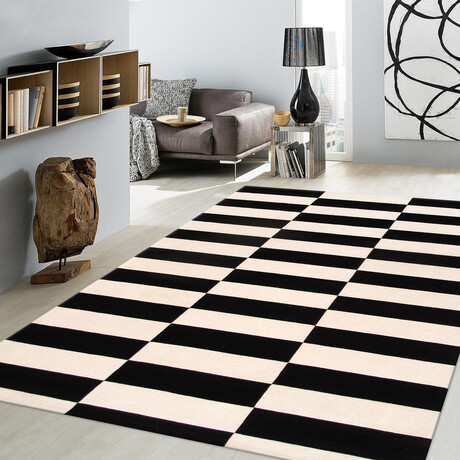 Home Rodeo Collection // Hand-Tufted Silk + Wool Area Rug // White // V1 (5' x 8')