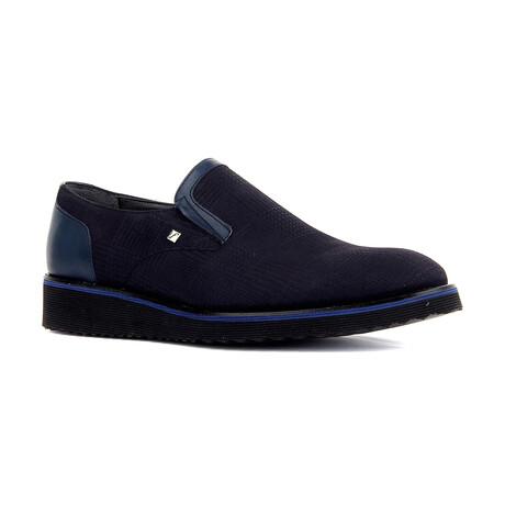 Antoin Slip On // Navy Blue (Euro: 39)