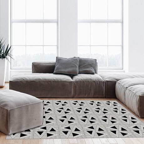 Black N White // Emile Floor Mat (2' x 3')