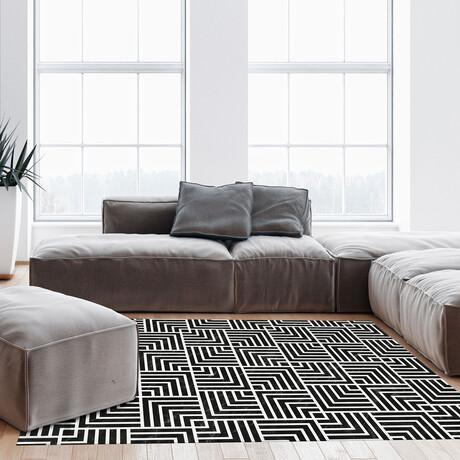 Black N White // Martin Floor Mat (2' x 3')